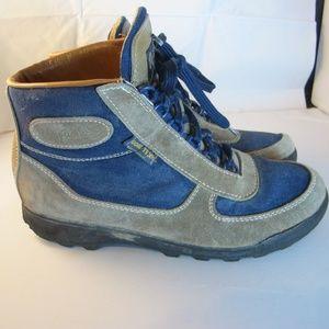 WOMENS VASQUE GORE-TEX HIKING BLUE/BROWN BOOTS 9.5